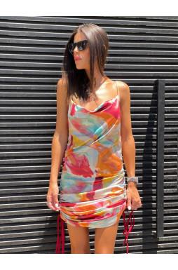 שמלה סאטן בשילוב כיווצים