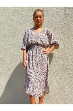 שמלת גומי במותן