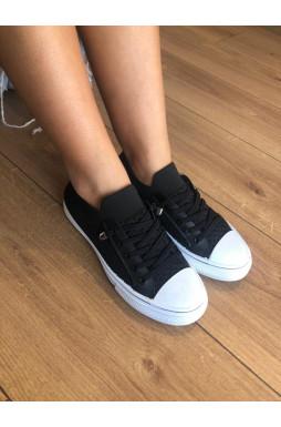 נעלי סניקרס סרוגים