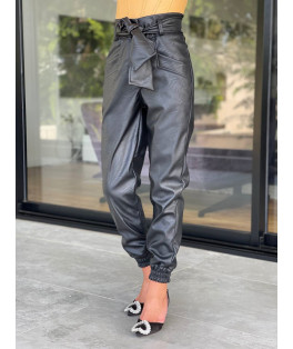 מכנס דמוי עור חגורה